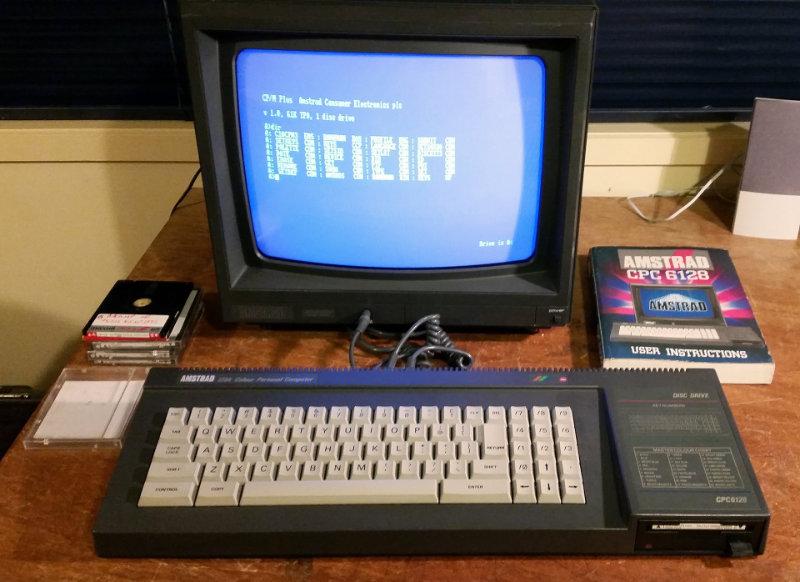 Amstrad CPC 6128 Computer